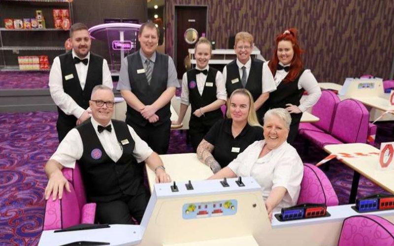 bingo hall staff screenshot