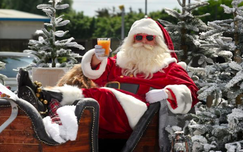 Ho Ho Ho, Merry 'Junemas' – Santa Claus Comes To Mecca Bingo This June
